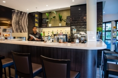 HolidayInnQueenstown-Restaurant-and-Bar
