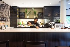 Holiday Inn Queenstown Frankton Road - Restaurant & Bar